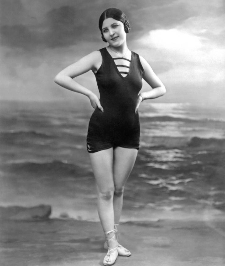 women-swimwear-20s