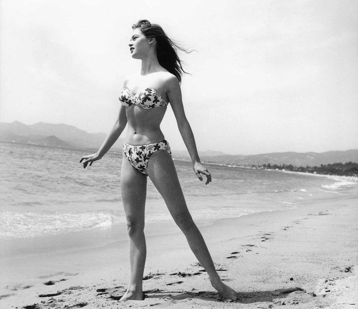 women-swimwear-50s